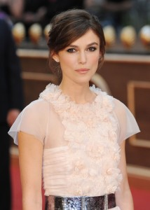Keira Knightly flattering top